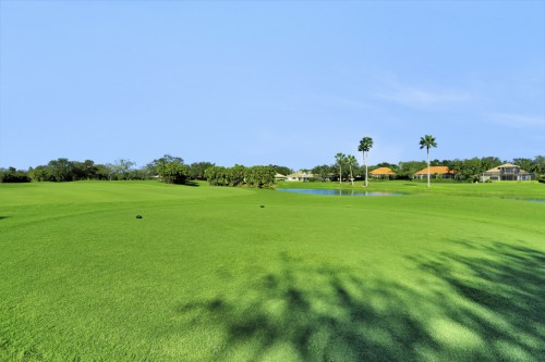 Private Country Clubs with multiple golf courses in Naples
